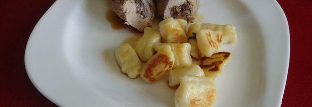 Roulades de veau aux champignons, gnocchi à la sauge