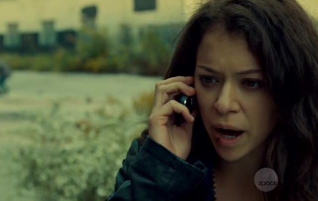 Critiques Séries : Orphan Black. Saison 2. Episode 1. Nature Under