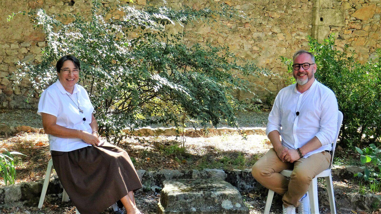 Avec Soeur Sabine au Carmel Saint-Joseph à l'Abbaye de Géllone