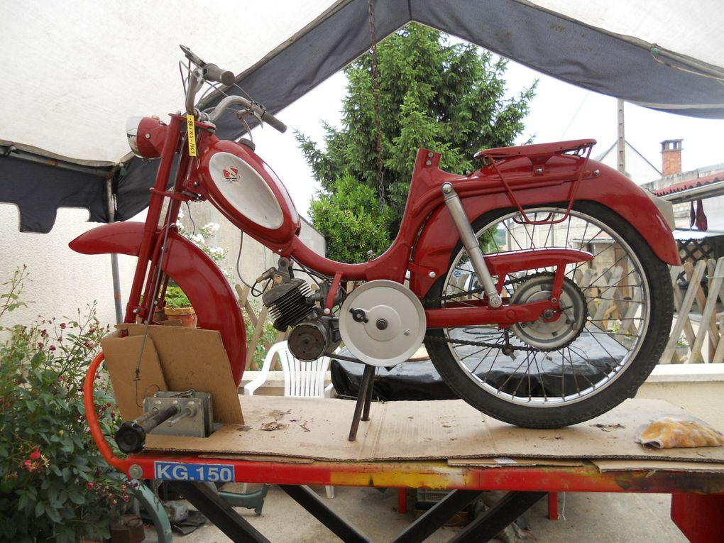 Peugeot BB TLS du 02 Février 1957 Année : 1963 N° moteur / cadre : 52...... N° Carburateur : D10 560 2/63 Jantes :