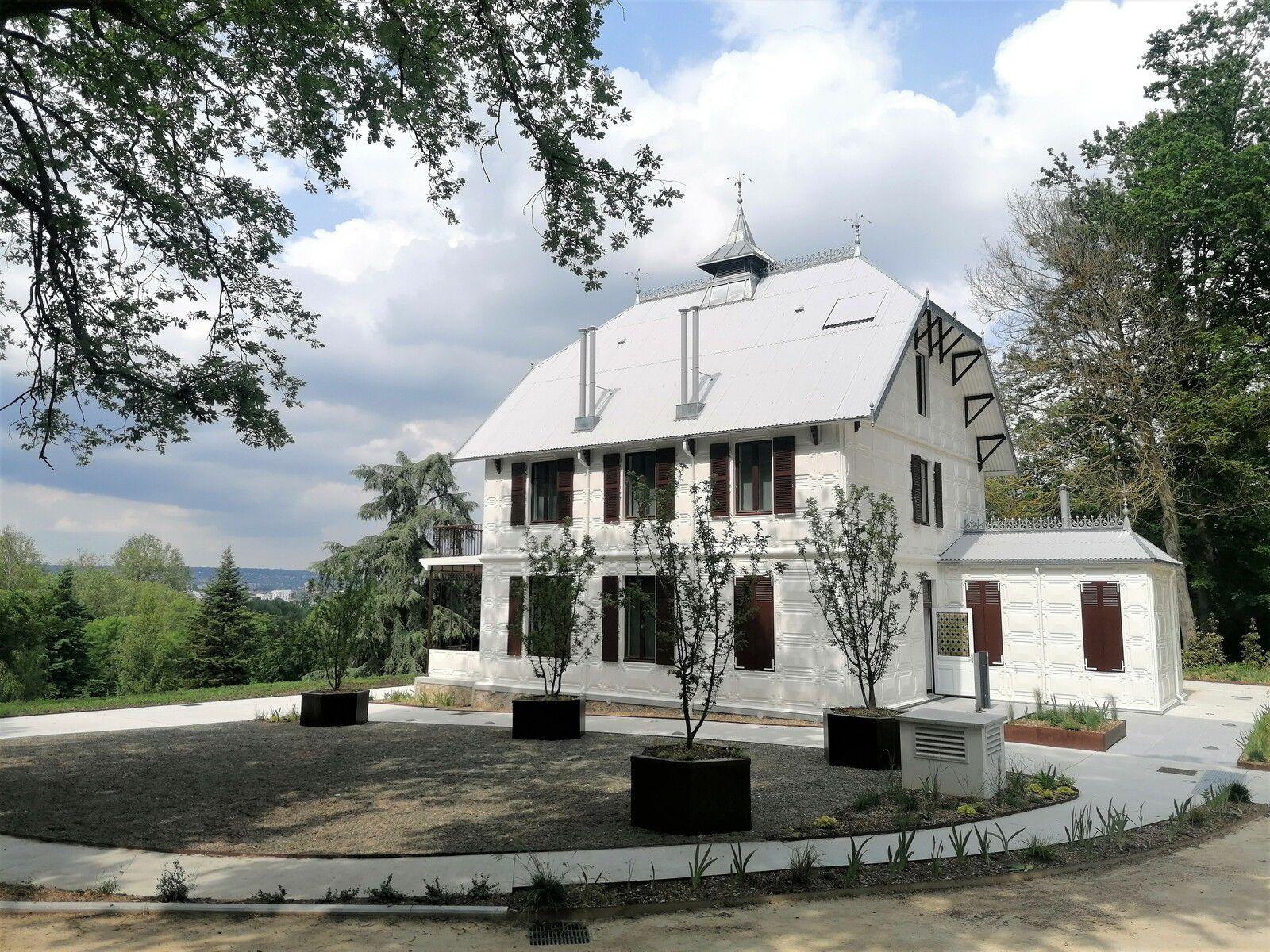 Balade architecture et design à la Villa Savoye et à la Maison de fer de Poissy