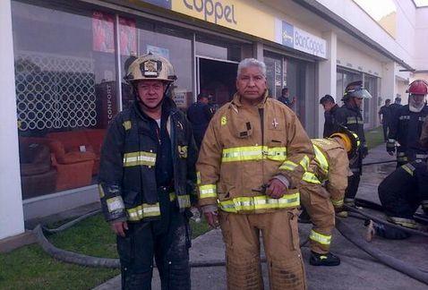 Raúl Esquivel, Jefe de bomberos de la capital mexicana.- El Muni.