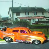JADED KAISER HENRI J HOT WHEELS 1/64 - car-collector.net