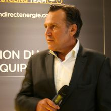 """Mon Tour de France... Jean-René Bernaudeau -Manager de Direct Energie - """"Aujourd'hui, pour mes 60 ans, je ne sais pas ce que les gars me réservent. J'espère qu'ils ont eu un peu d'imagination pour fêter ça !"""" - Tout au long du Tour de France, des personnalités du cyclisme reviennent avec nous sur une édition qui les a marquées, un moment fort qu'elles ont...- (Vélo 101, le site officiel du Vélo ®)"""