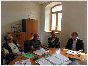 Saint André les Alpes : Le sénateur , Jean Yves  Roux , a rencontré les élus à la mairie