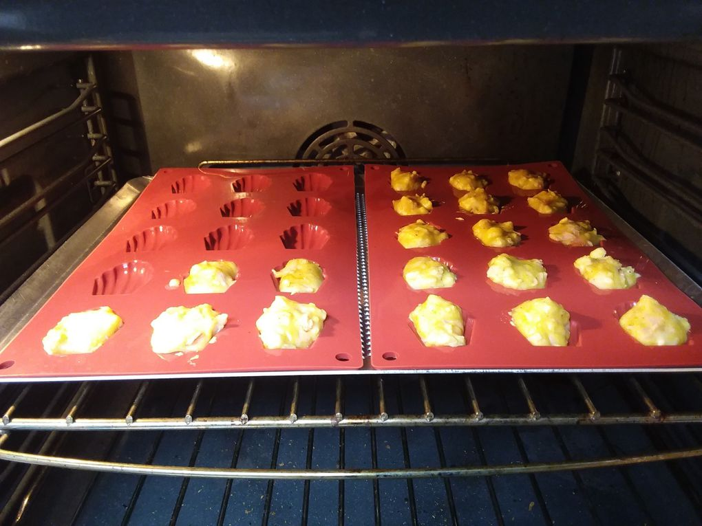 Mini madeleines camembert-bacon