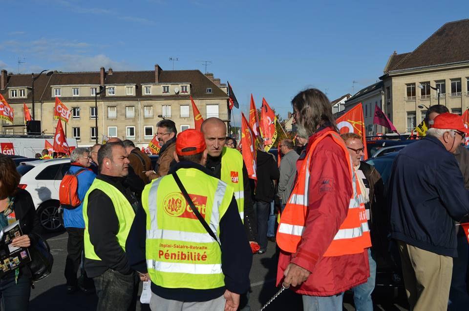 8 octobre 2015: 500 manifestants à Creil