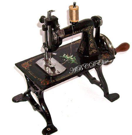 Album - MACHINES--A-COUDRE---Jouets-anciens