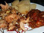 Morue aux oignons au four et son confit de tomates cerises