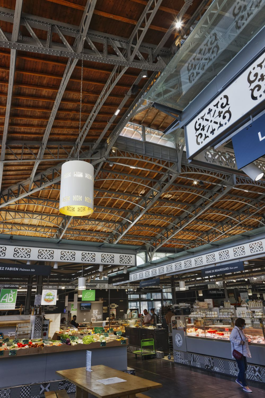 Limoges -Les Halles Centrales et leur environnement - 1