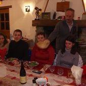 Auberge de montagne (1/4) : de la cuisine traditionnelle et familiale à la ferme auberge de Chantacoucou - Le journal de 13h | TF1