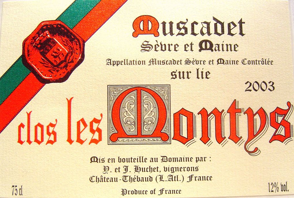 Voici les étiquettes classées sous le Signe du Papier qui caractérisent les vins de Tradition