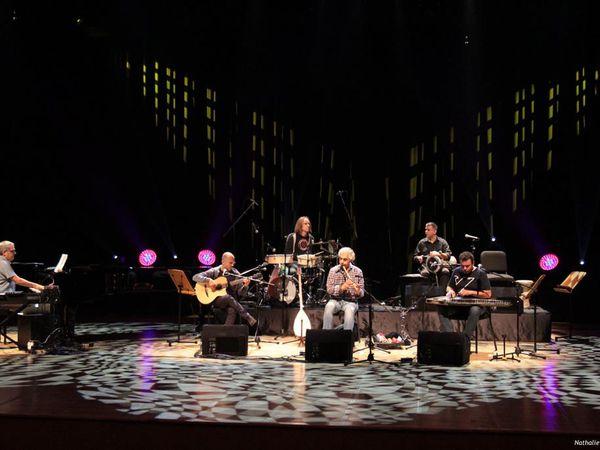 Ömer Faruk Tekbilek et ses musiciens durant la répétition générale à C.R.R. Istanbul