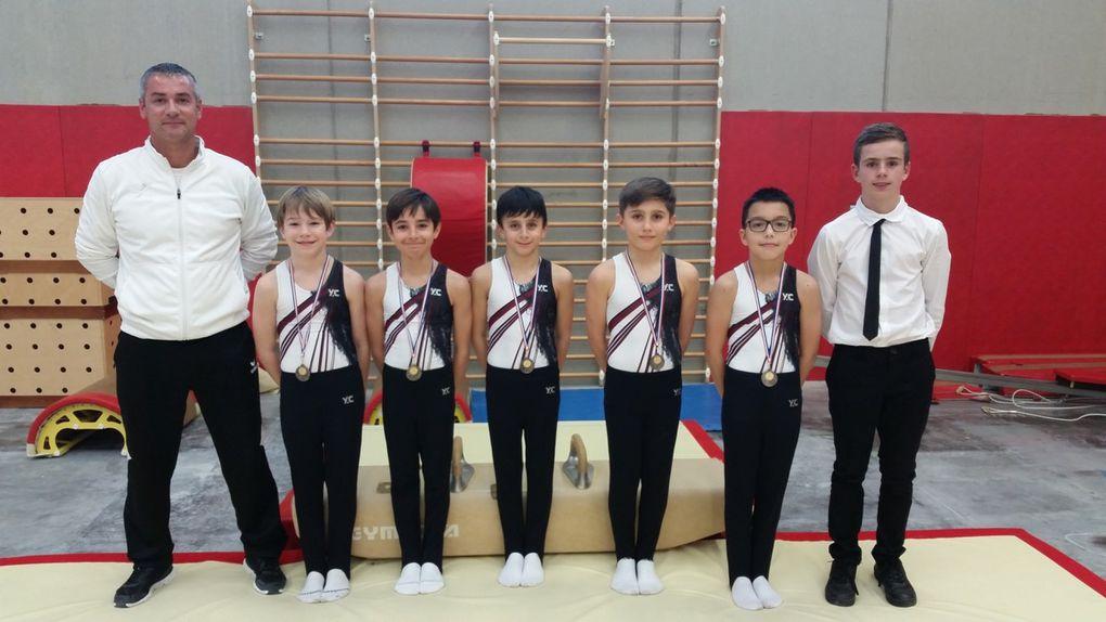 DLes deux équipes garçons du CMOV Gym se sont qualifiées pour les demi-finales du Championnat de France FFG - Photos : © CMOV Gym