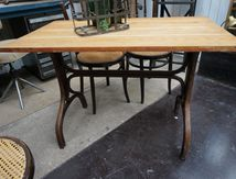 TABLE BISTROT (VENDUE)