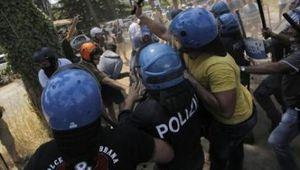 Cittadini senza diritti. Vergogna a Roma