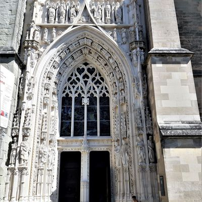 Lausanne : le lac Léman, la cathédrale gothique