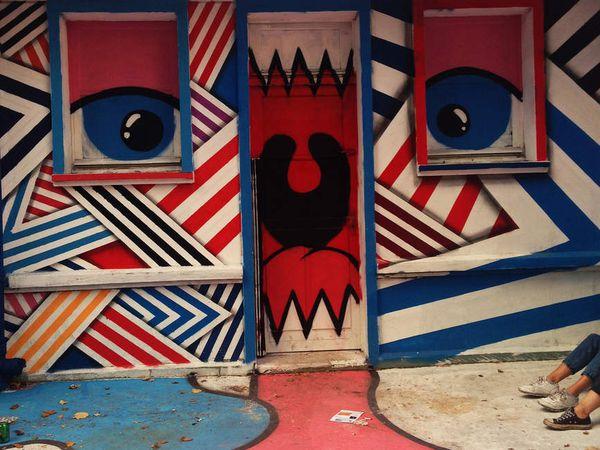 Le street-artiste Zdey retourne à l'école !