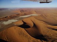 Fly over the Namib desert. Awesome !
