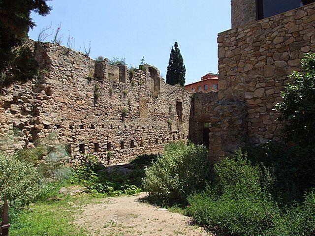 Diaporama monastère fortifié de Sant-Feliu-de-Guixols