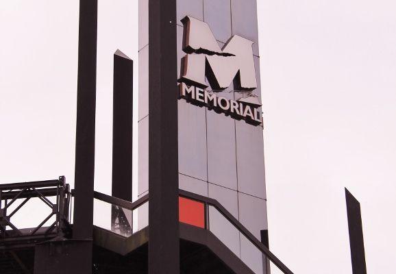 Memorial Caen - L'extérieur