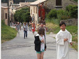 Barrême procession à saint Jean