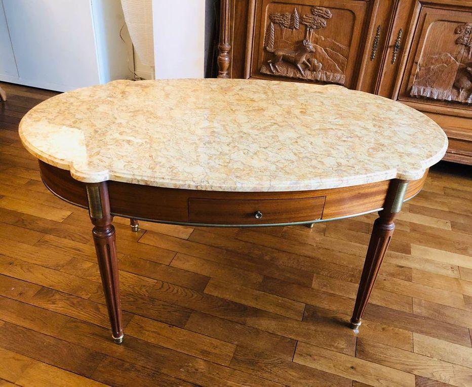 Petite table de salon/jeu, style Louis XVI (Vendu)