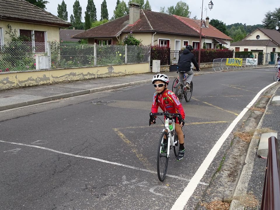 Victoires et podiums pour l'école de cyclisme à St Rémy sur Avre (28)