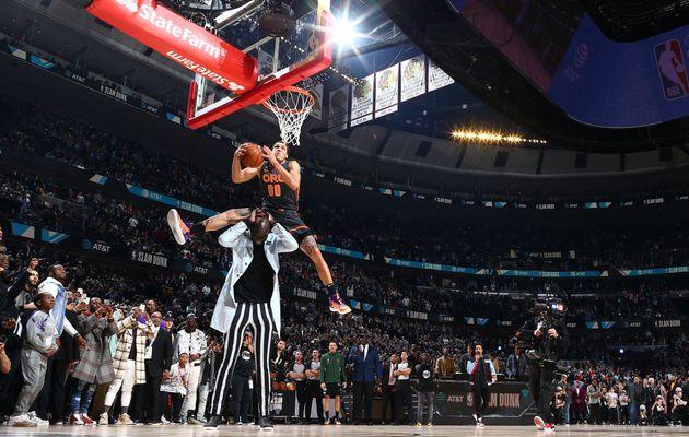 Aaron Gordon : «Je saute par-dessus quelqu'un qui fait 2,26 m et qu'est-ce que j'obtiens ? Un 47... Sérieux, c'est quoi ça ? »