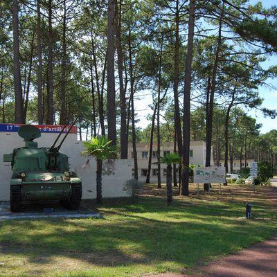 Le 17e groupe d'artillerie.