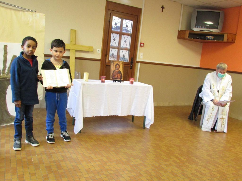 Présentation des Saints et des Saintes...