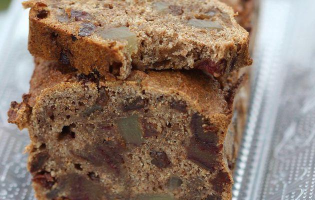 Cake santé au son de blé et aux fruits secs