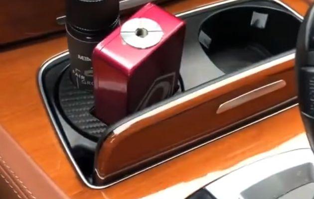 Vidéos - Un porte #box et #eliquide pour la voiture 🚗