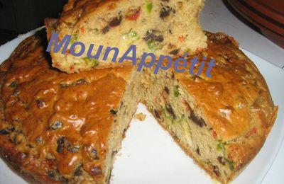 Cake complet aux poivrons et reblochon