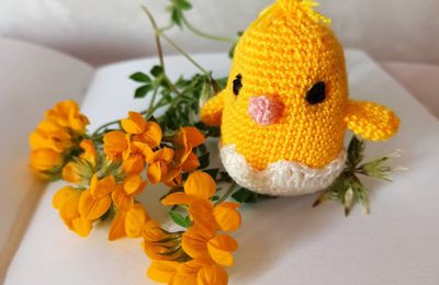 the serial crocheteuses & more n° 580 : jaune