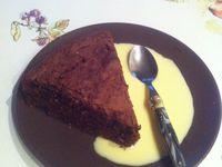 Gâteau au chocolat noir pâtissier et sa gousse de vanille équitable .