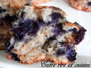 Muffins Bananes/Coco/Myrtilles bien moelleux {sans oeuf, sans beurre}