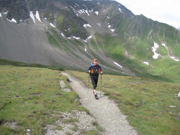 Deuxième journée du stage Raidlight entre les Chapieux et Courmayeur par le Col de la Seigne et l'Arête du Mont Favre .