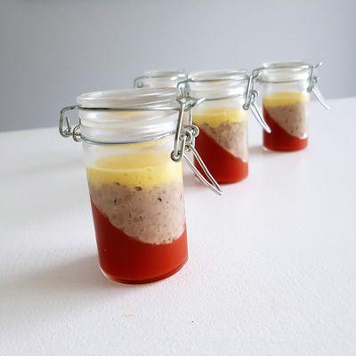 Verrines gelée de tomate, rillettes de sardine et crème de poivrons jaunes