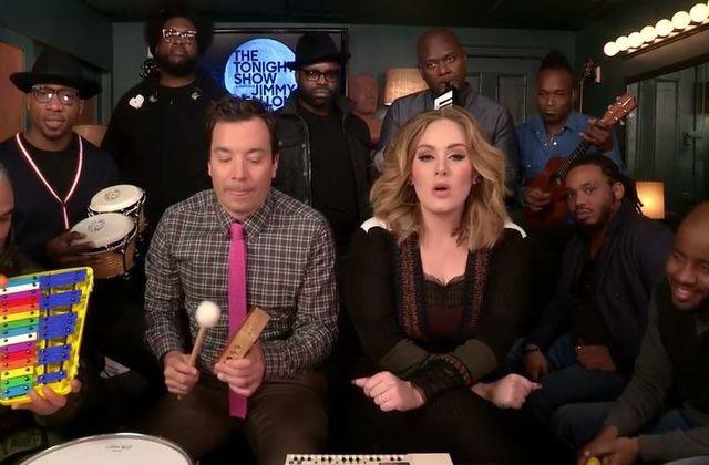 Jimmy Fallon, Adele et The Roots dans une version inédite d'Hello (vidéo).