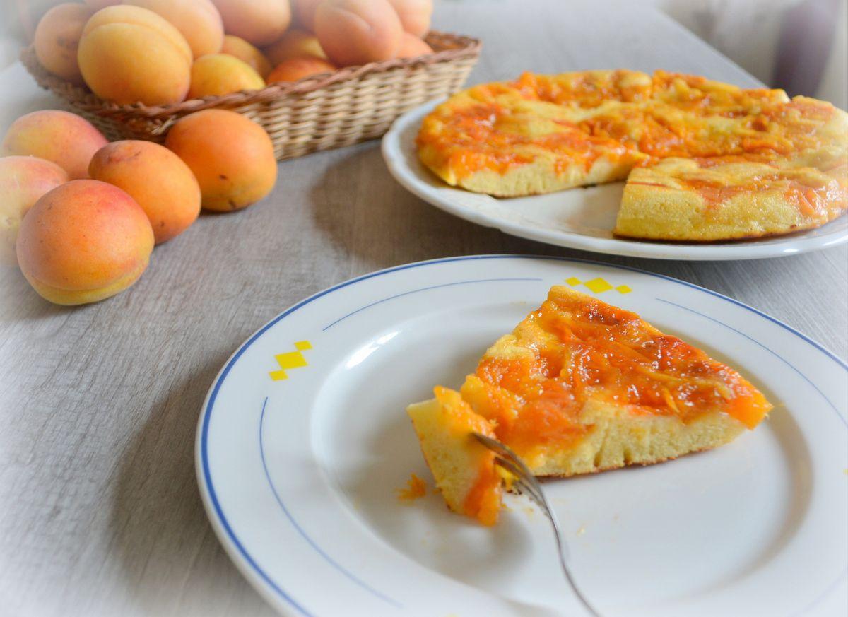 Gâteau à la poêle aux abricots