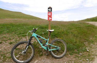 """Descente Enduro """"La Bikette"""" au départ du sommet du Mont Bisanne (Les Saisies - 73) le 11/08/2020"""