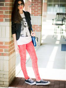 Converse and Red Skinny Jeans