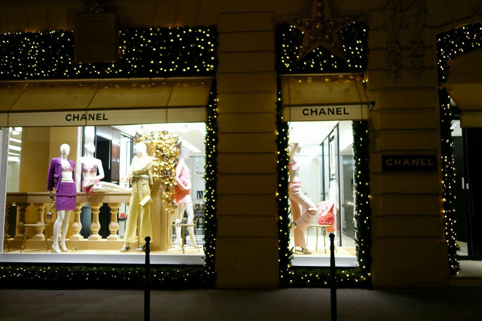 Boutiques CHANEL rue Cambon