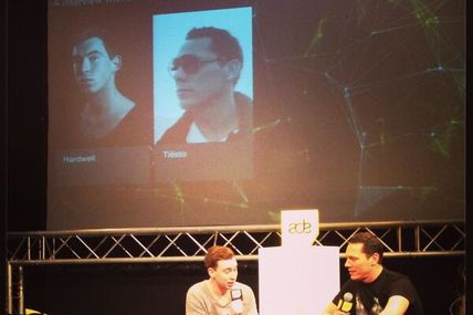 Tiësto interview by Hardwell at ADE 18 october 2013