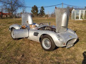 Yes it's a Ferrari... ou pas !
