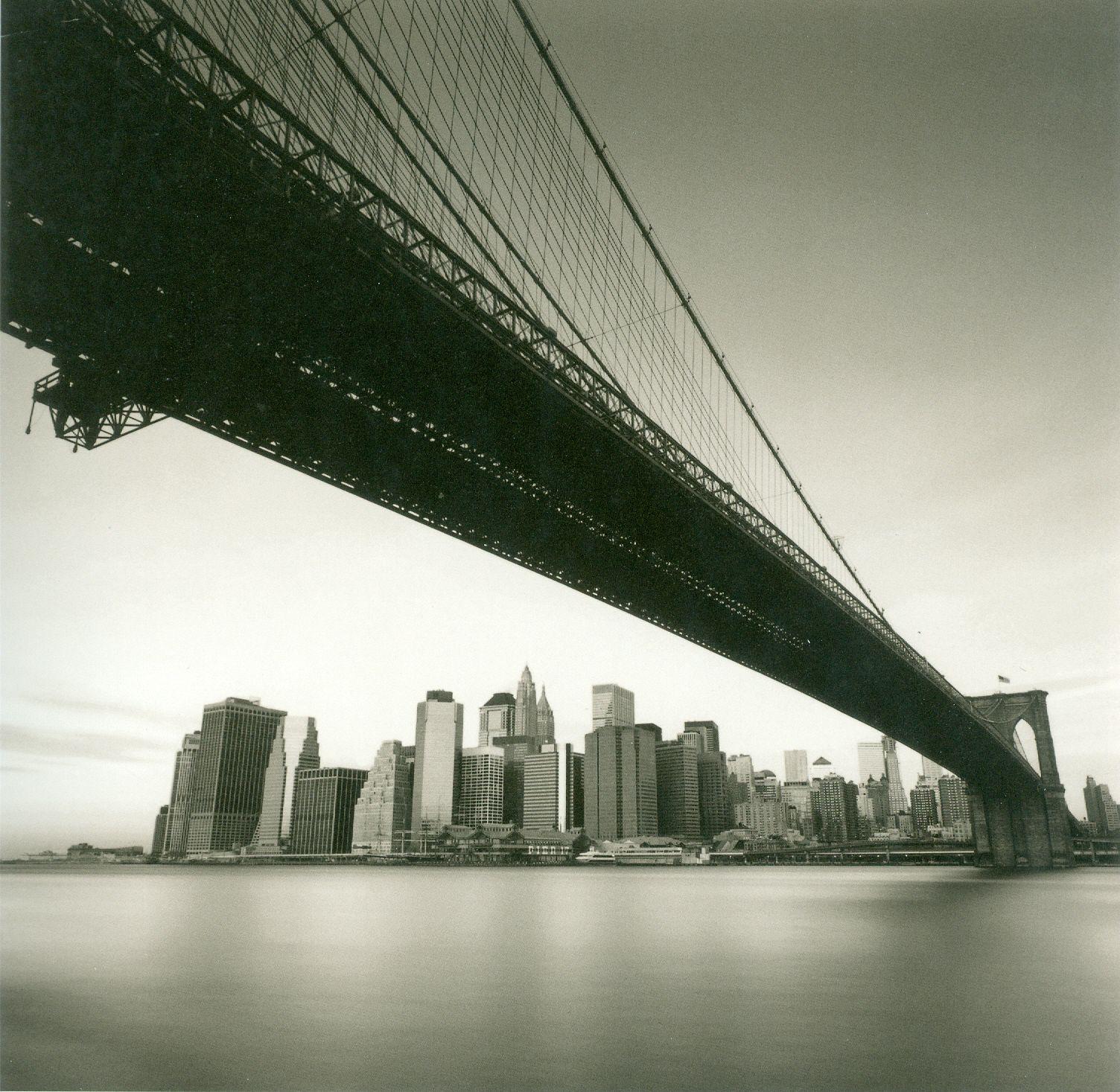 Le mythique pont de Brooklyn en noir et blanc