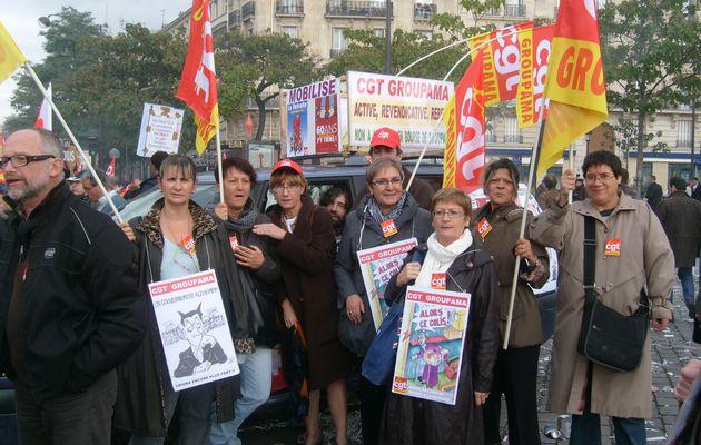 Les CGT Groupama à la manif des retraites du 19 octobre - Paris, Niort, Montpellier - (clic pour agrandir)