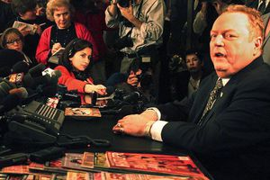 Larry Flynt, The King Of Obscene Who Refused To Be Canceled