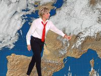 Evelyne Dhéliat, ses cravates chic - mise à jour